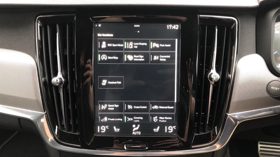 Volvo V90 D5 PowerPulse R Design AWD Auto, Nav, Adaptive Cruise, Front & Rear Sensors, DAB Radio image 23