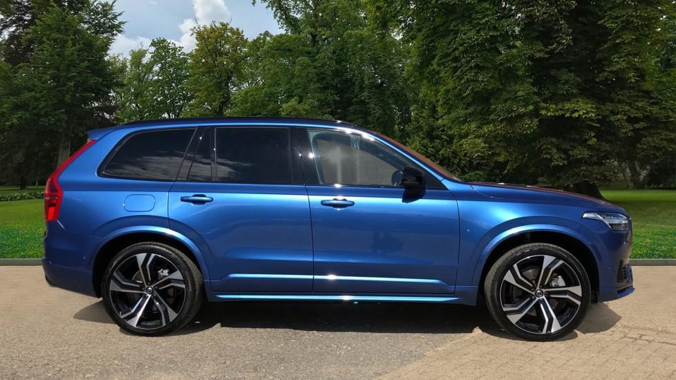Volvo XC90 T8 Hybrid R Design Pro AWD Auto, 360 Camera, Panoramic Roof, F & R Park Sensors, Keyless Drive image 2