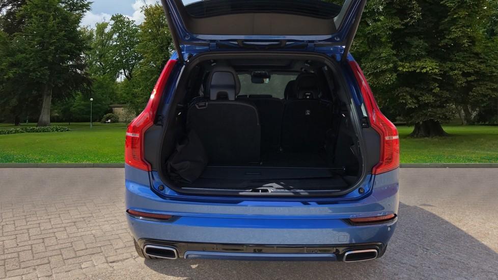 Volvo XC90 T8 Hybrid R Design Pro AWD Auto, 360 Camera, Panoramic Roof, F & R Park Sensors, Keyless Drive image 4