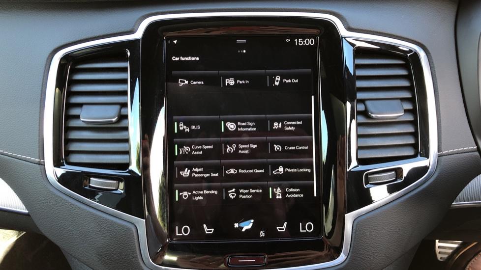 Volvo XC90 T8 Hybrid R Design Pro AWD Auto, 360 Camera, Panoramic Roof, F & R Park Sensors, Keyless Drive image 26