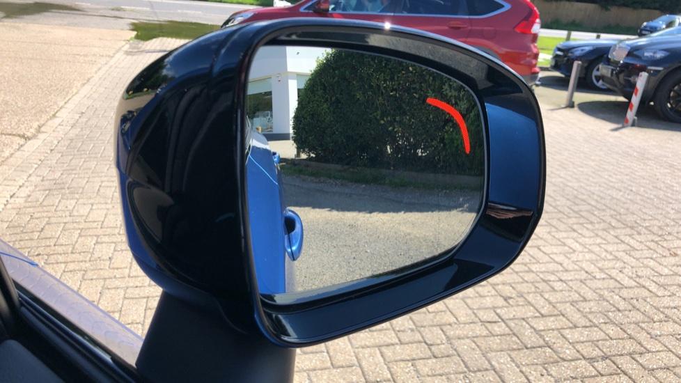 Volvo XC90 T8 Hybrid R Design Pro AWD Auto, 360 Camera, Panoramic Roof, F & R Park Sensors, Keyless Drive image 8
