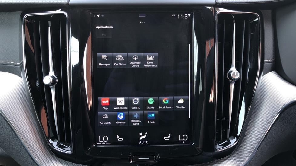 Volvo XC60 B4D Mild Hybrid R Design Pro AWD Auto, Sunroof, 360 Camera, Memory Seats, BLIS, Heated Screen image 25