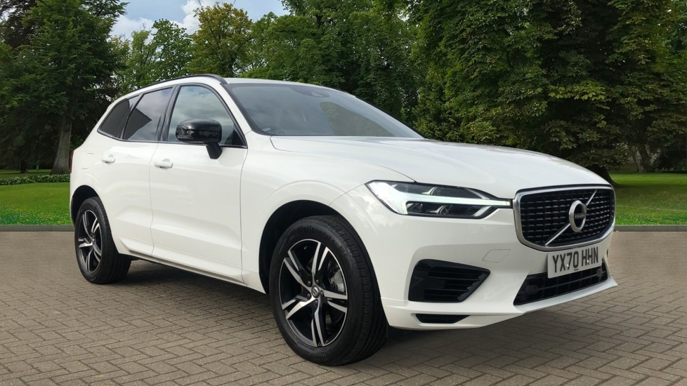 Volvo XC60 T8 Hybrid R Design AWD Auto, Nav, Panoramic Sunroof, Heated Front Seats, Front & Rear Sensors 2.0 Petrol/Electric Automatic 5 door 4x4 (2020) image