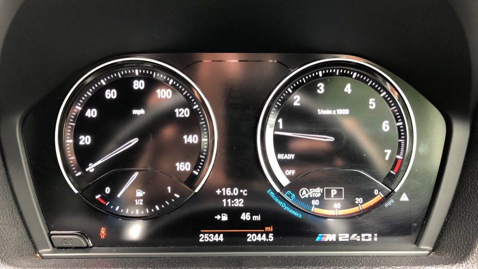BMW 2 Series M240i 3.0 335hp Auto with Rear Park Sens, Bluetooth, DAB Radio, Keyless Drive 7 Gear Shift Paddles image 10