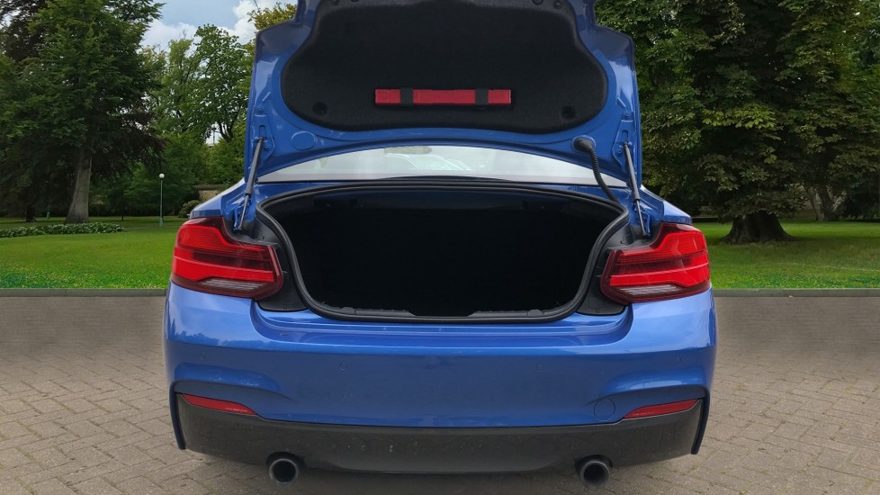 BMW 2 Series M240i 3.0 335hp Auto with Rear Park Sens, Bluetooth, DAB Radio, Keyless Drive 7 Gear Shift Paddles image 26