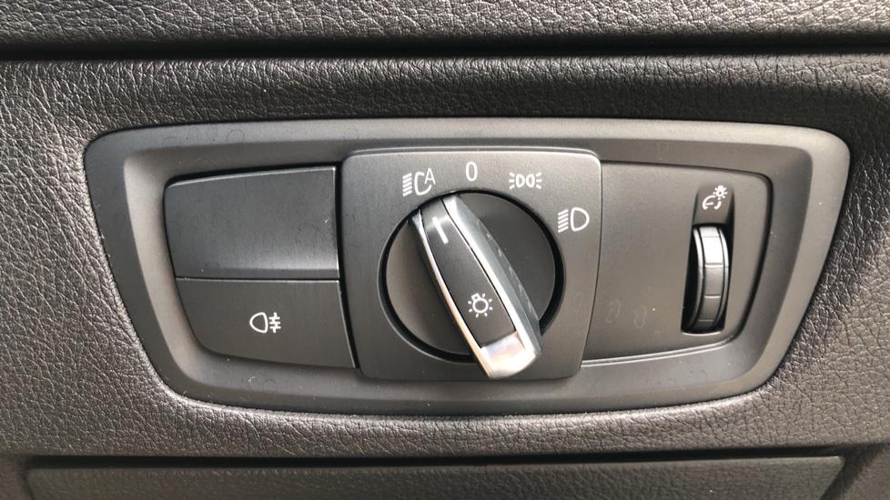 BMW 2 Series M240i 3.0 335hp Auto with Rear Park Sens, Bluetooth, DAB Radio, Keyless Drive 7 Gear Shift Paddles image 25