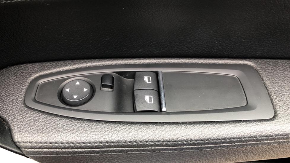 BMW 2 Series M240i 3.0 335hp Auto with Rear Park Sens, Bluetooth, DAB Radio, Keyless Drive 7 Gear Shift Paddles image 47