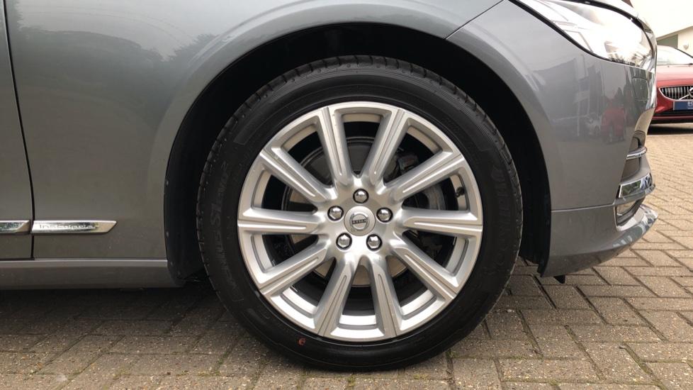 Volvo S90 D4 Inscription Auto, Nav, Heated Screen & Steering Wheel, DAB, CarPlay, R. Camera, Keyless Drive image 30