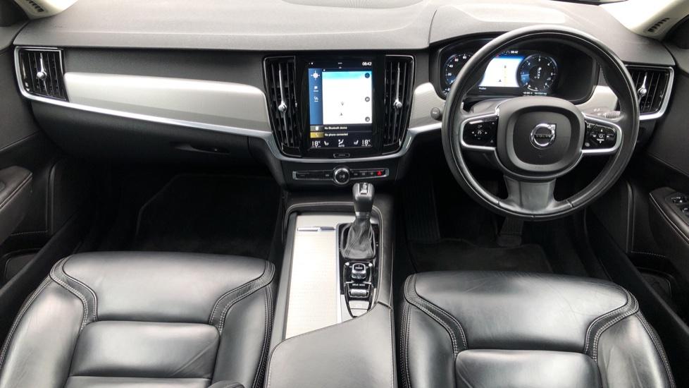 Volvo S90 D4 Inscription Auto, Nav, Heated Screen & Steering Wheel, DAB, CarPlay, R. Camera, Keyless Drive image 9