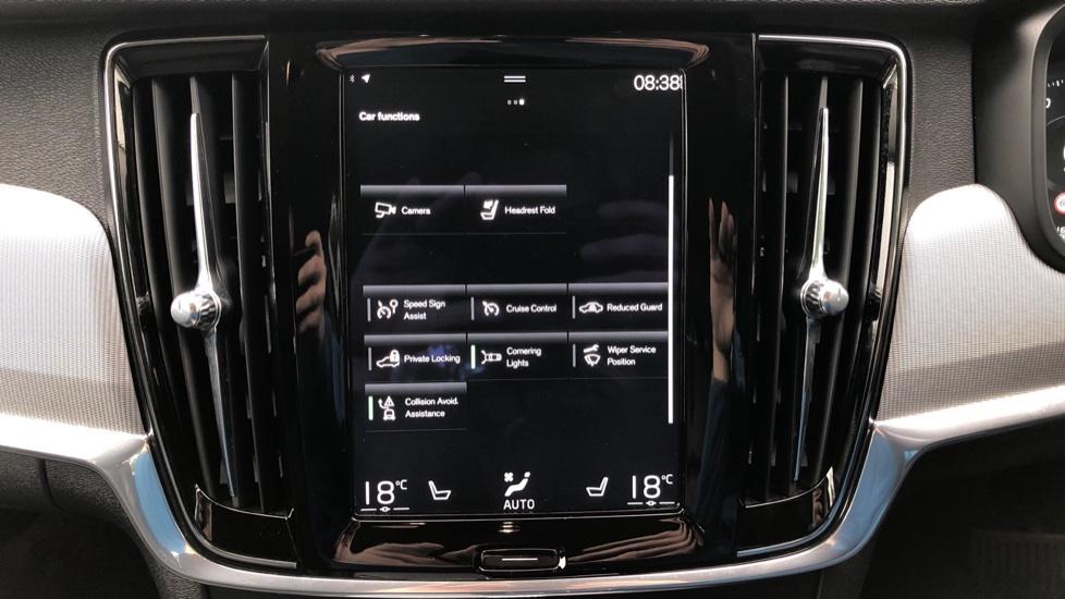 Volvo S90 D4 Inscription Auto, Nav, Heated Screen & Steering Wheel, DAB, CarPlay, R. Camera, Keyless Drive image 26