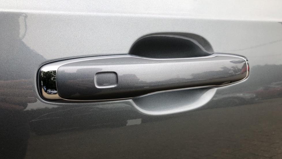 Volvo S90 D4 Inscription Auto, Nav, Heated Screen & Steering Wheel, DAB, CarPlay, R. Camera, Keyless Drive image 6