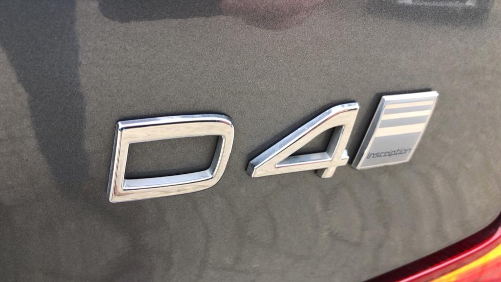 Volvo S90 D4 Inscription Auto, Nav, Heated Screen & Steering Wheel, DAB, CarPlay, R. Camera, Keyless Drive image 41