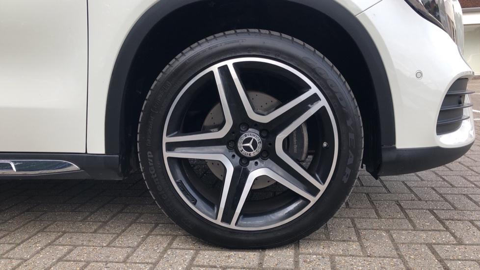 Mercedes-Benz GLA-Class GLA 250 4Matic AMG Line Premium Plus Auto, Nav, Sunroof, R.Camera, Heated Seats, F & R Sensors image 37