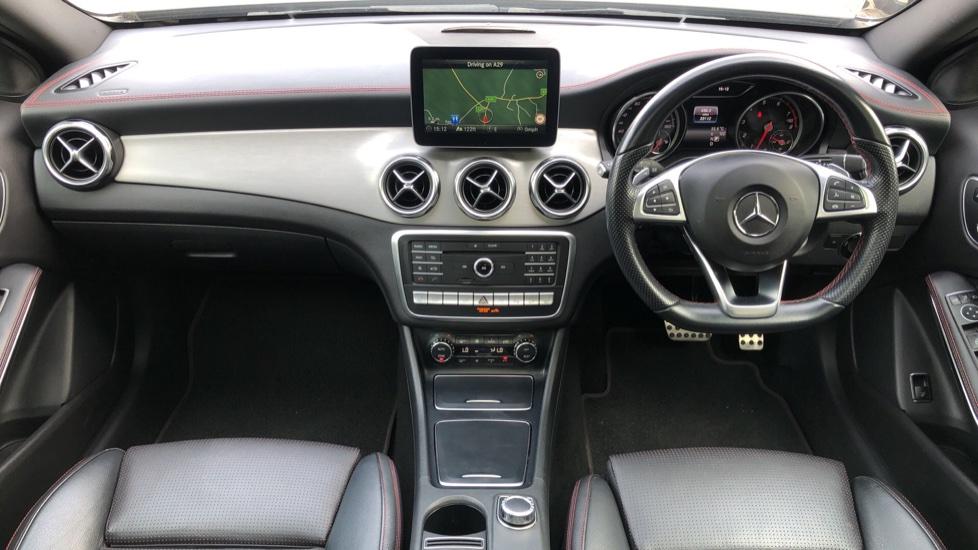 Mercedes-Benz GLA-Class GLA 250 4Matic AMG Line Premium Plus Auto, Nav, Sunroof, R.Camera, Heated Seats, F & R Sensors image 10