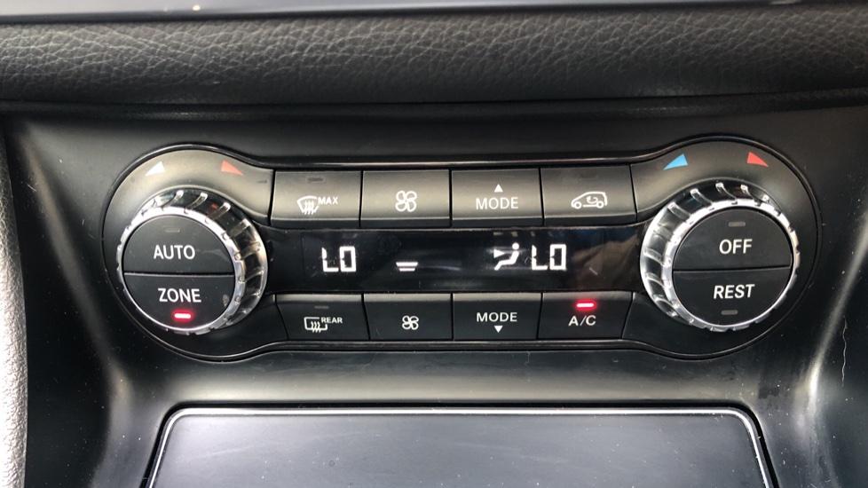 Mercedes-Benz GLA-Class GLA 250 4Matic AMG Line Premium Plus Auto, Nav, Sunroof, R.Camera, Heated Seats, F & R Sensors image 26