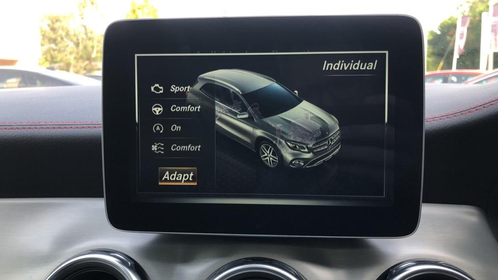 Mercedes-Benz GLA-Class GLA 250 4Matic AMG Line Premium Plus Auto, Nav, Sunroof, R.Camera, Heated Seats, F & R Sensors image 35