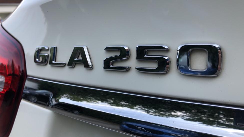 Mercedes-Benz GLA-Class GLA 250 4Matic AMG Line Premium Plus Auto, Nav, Sunroof, R.Camera, Heated Seats, F & R Sensors image 52