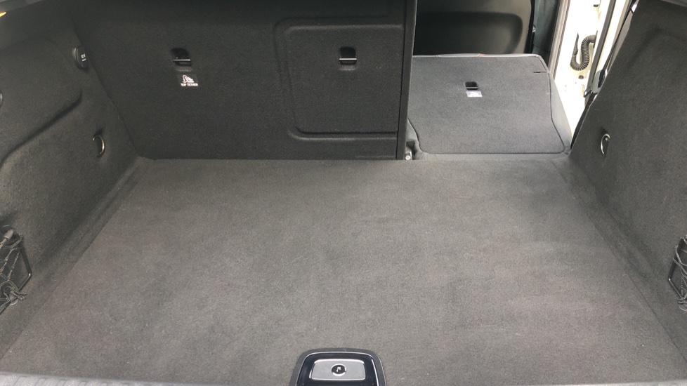 Mercedes-Benz GLA-Class GLA 250 4Matic AMG Line Premium Plus Auto, Nav, Sunroof, R.Camera, Heated Seats, F & R Sensors image 46